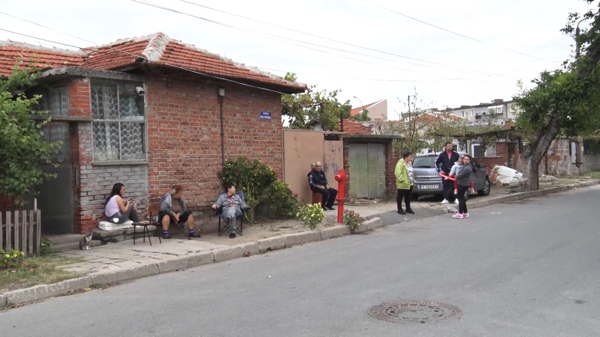 """Опасни гонки в Каргона. Местните настояват за """"легнали полицаи"""" на пътя"""