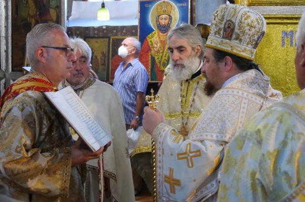 """Храмов празник в църквата """"Света Троица""""! Свети Дух е  и Ямбол празнува"""
